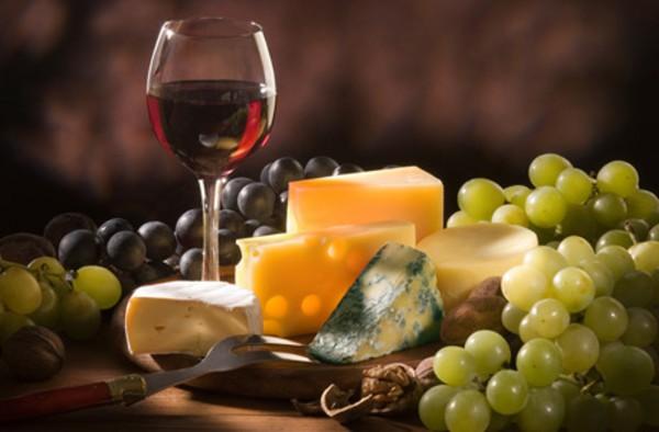 Käse- und Weintasting online für 2