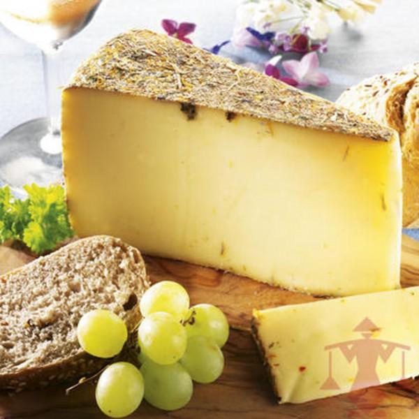 Wildblumen Käse, im Stück