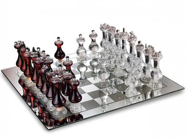 Luxuriöses Schachspiel mit Grappa
