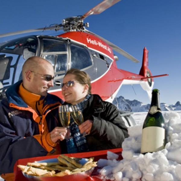 Helikopterflug mit Gletscherfrühstück